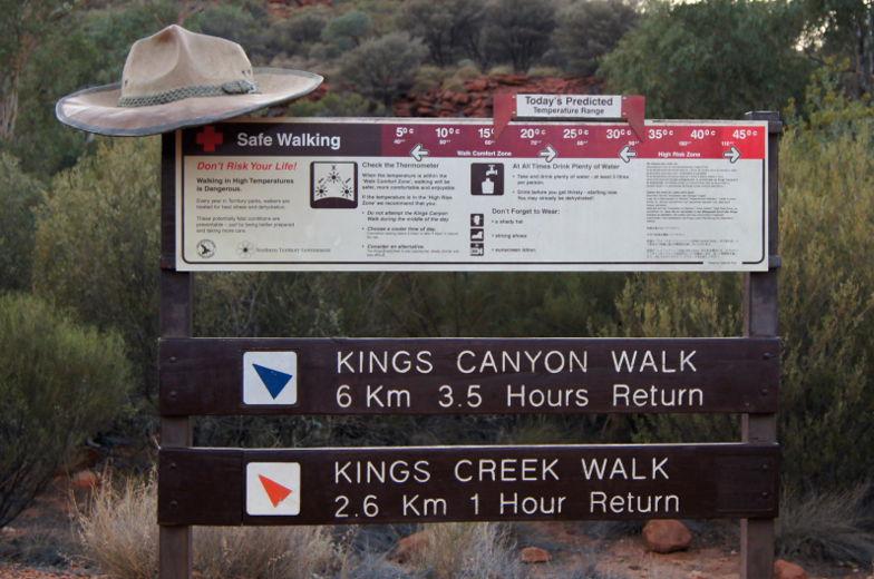 australien outback kings canyon walk
