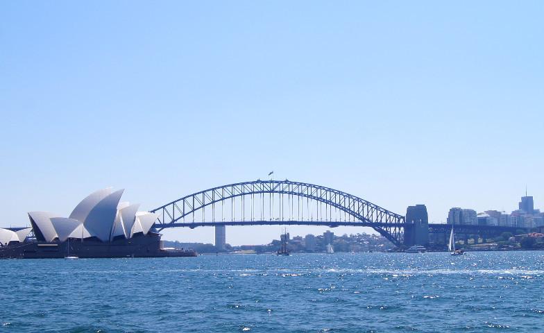 Blick auf Opera House und Harbour Bridge