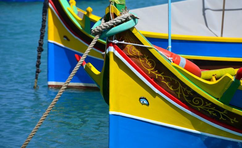 Die bunten Fischerboote sind die Attraktion in Marsaxlokk