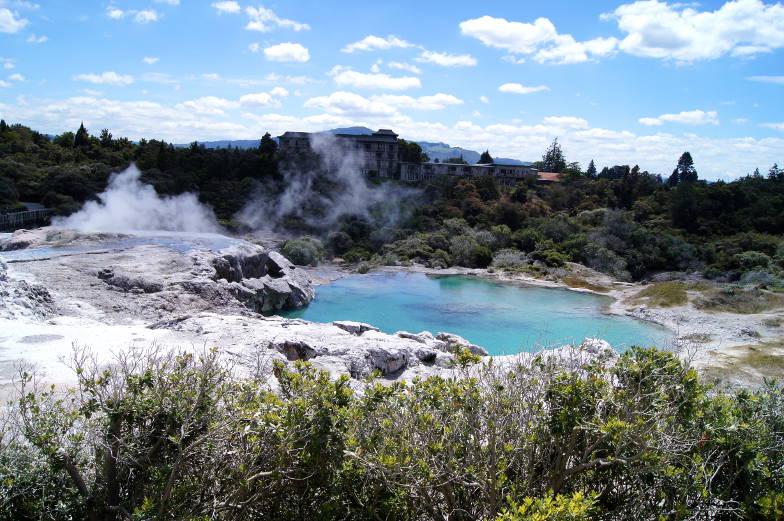 Sehenswuerdigkeiten in Te Puia Rotorua heiße dampfende Quellen
