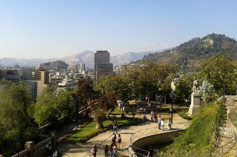 Santa Lucia Spazierweg Ausblick ueber Santiago Chile