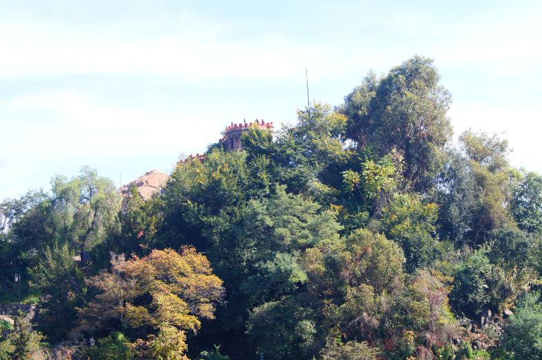 Aussichtsplattform vom Stadthuegel Santa Lucia Santiago de Chile
