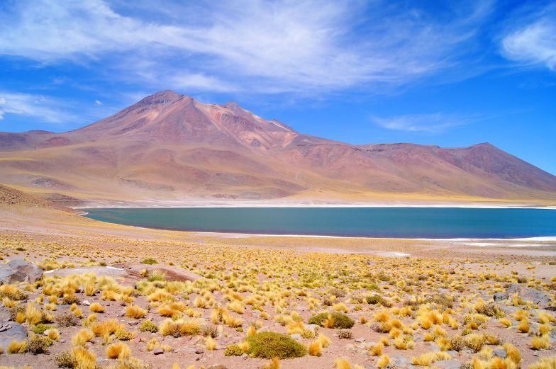 Sehenswuerdigkeiten Miniques Lagune atemberaubend Atacama Wueste