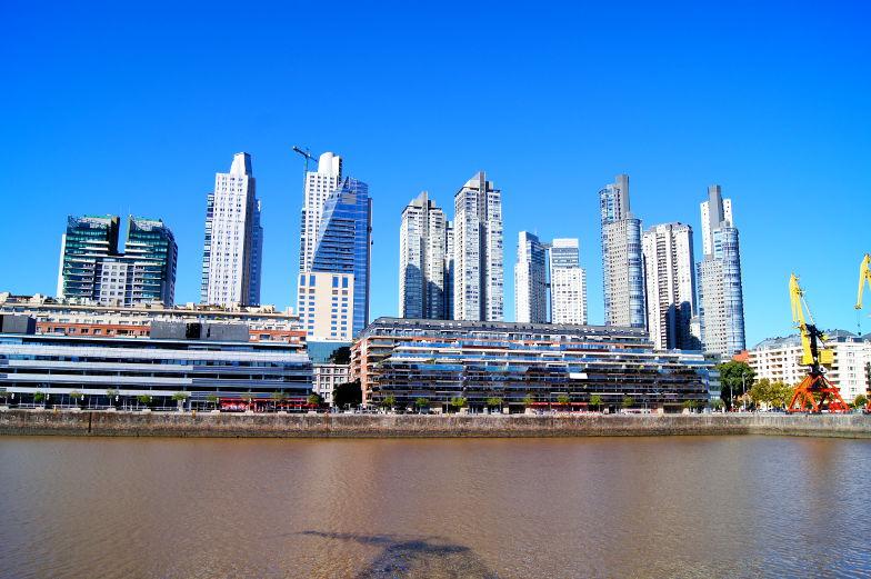 Viele neue Wolkenkratzer entstehen in Buenos Aires