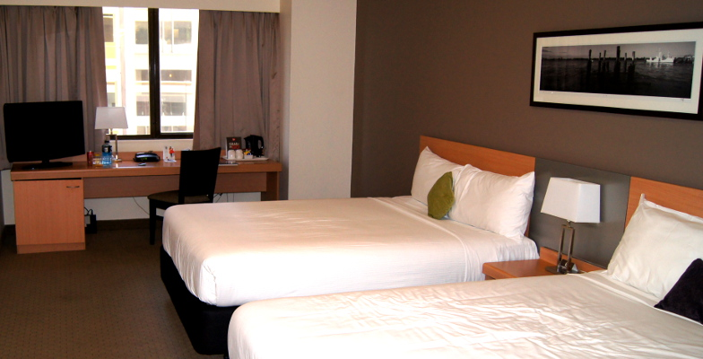 Mit Rabatten kannst du dir auch ein Hotelzimmer fuer deine Unterkunft auf deiner Weltreise erlauben.