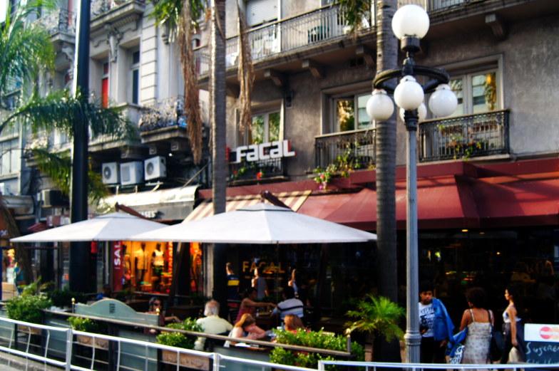 Tolles Tango Restaurant, Bar und Cafe in Montevideo