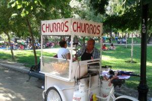 Churros Stände findest du in Santiago de Chile