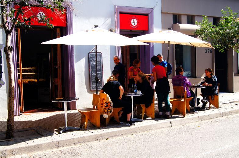 Das La Manzana im Stadtteil Lastarria in Santiago de Chile bietetet nicht nur Kuchen sondern auch Mittagessen an