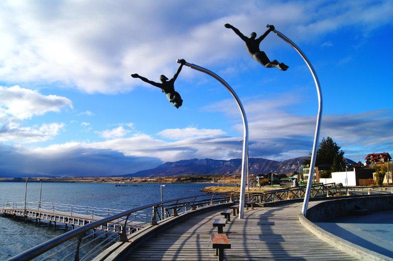Ein fliegendes Kunstwerk in Puerto Natales