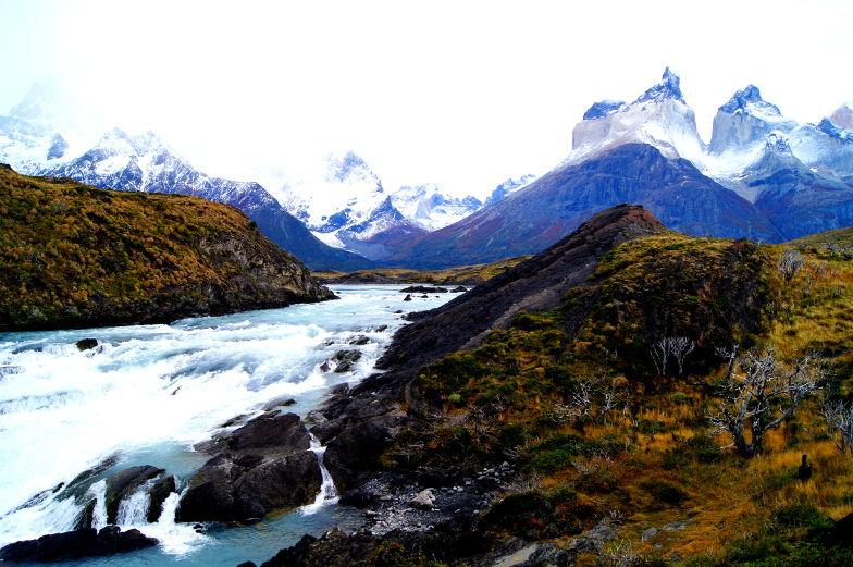 Tosender Wasserfall Salto Grande Torres del Paine Nationalpark