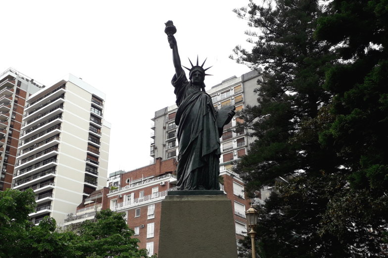 Die Statue of Liberty gibt es auch in Buenos Aires