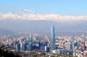 Erlebe die wunderschoene Andenkulisse von Santiago