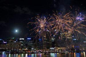 Das Feuerwerk am Darling Harbour in Sydney ist ein Erlebnis