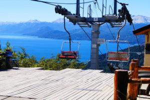 Ankunft mit dem Sessellift auf dem Berg Campanario in Bariloche