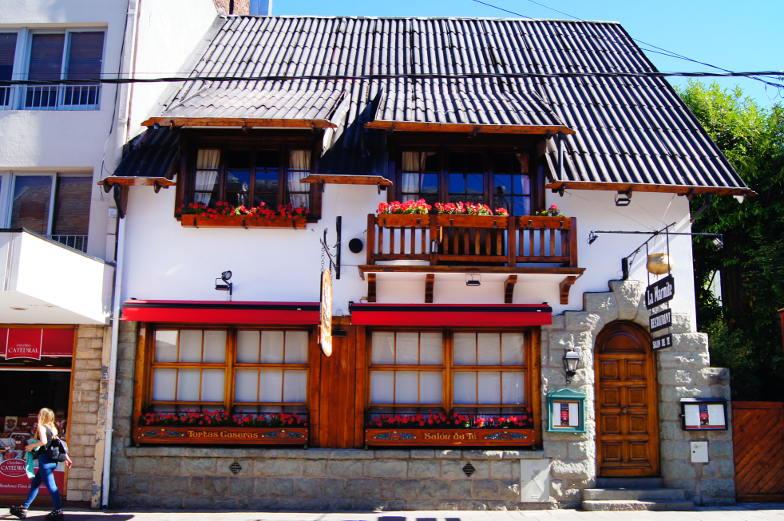 Typisches Steinhaus in Bariloche