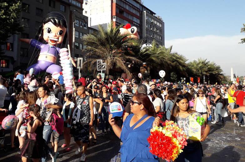 Insider Tipp schau dir die Weihnachtsparade in Santiago de Chile an