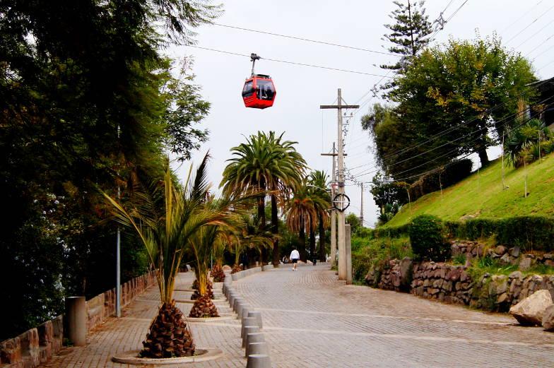 Mit der Gondelbahn auf den Cerro San Cristobal fahren Santiago de Chile