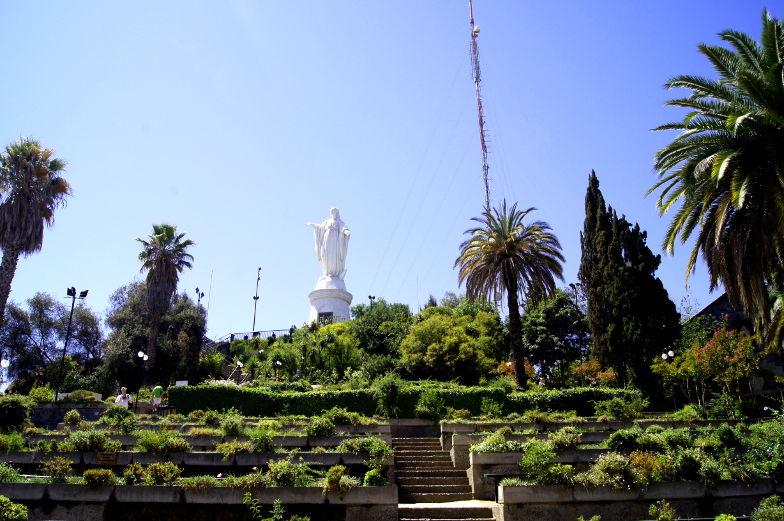 So kommst du auf den Cerro San Cristobal von Santiago de Chile