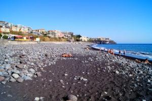 Kieselstrand Praia Formosa Sao Martinho Funchal Tipps Madeira Guide