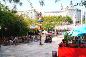 Gemuetliche Sitzmoeglichkeiten gibt es in Budapest