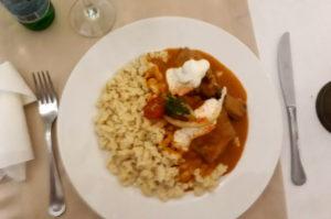 Essenstipp Paprika Huhn mit Nockerln Budapest