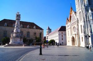 Burgviertel Budapest Sehenswuerdigkeiten Insidertipps