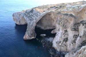 Ausblick Blaue Grotte so kommst du hin Malta