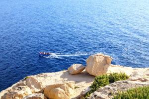 Malta Blaue Grotte nur mit Boot zu erreichen