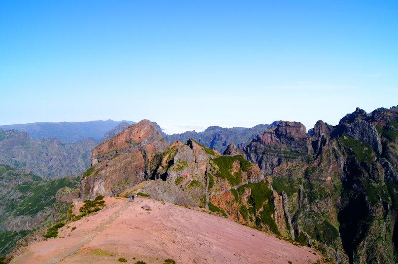 Bei der Ost Tour kommst du am Pico Arieiro vorbei